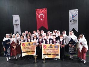 Erzurum'da halk oyunları rüzgarı