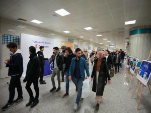 TürkAkım'ın Öyküsü' metro istasyonunda