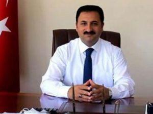 Erzurum'da AK Partili başkana FETÖ kelepçesi