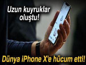 Dünya iPhone X'e hücum etti